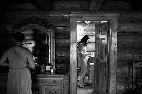 Wild Horse Inn Wedding Photos 00003